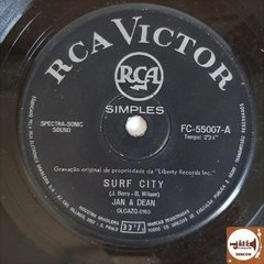 Jan & Dean - Surf City/ Linda Surfing (1968) na internet