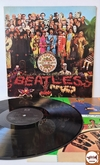 The Beatles - Sgt. Pepper's Lonely Hearts Club Band (com encarte)