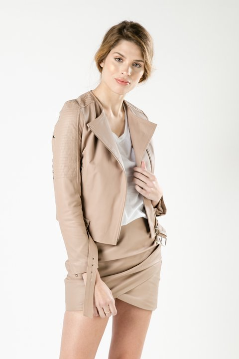 CAMPERA TAKE BEIGE en internet
