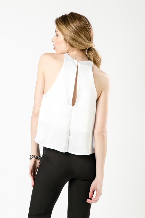 TOP HANA OFF WHITE en internet