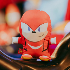 Toy - Knuckles na internet