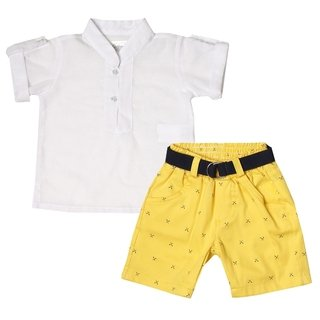 Conjunto Bebê Menino Camisa Pólo Manga Curta Branca + Bermuda Amarela +  Cinto 5a379e7053c5f