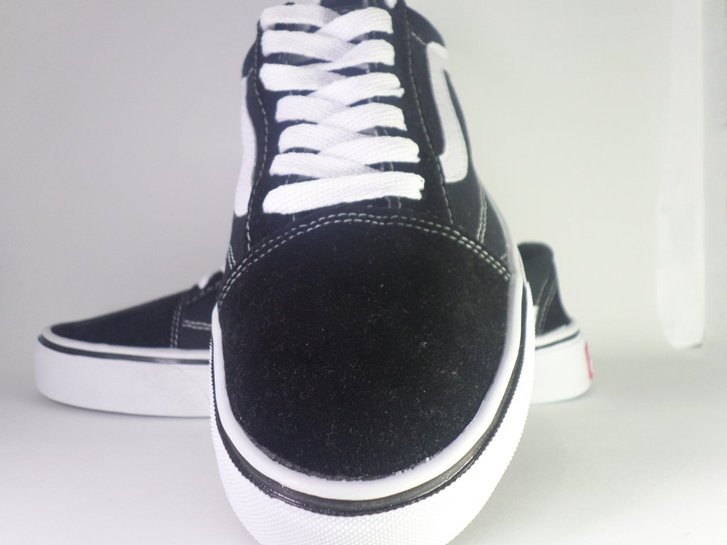 Tênis Vans Old Skool Preto e Branco - Clicompre 74a0aae8ba8be