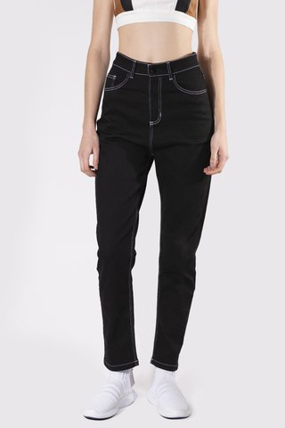 JEAN MOM BLACK SPIDER NEGRO