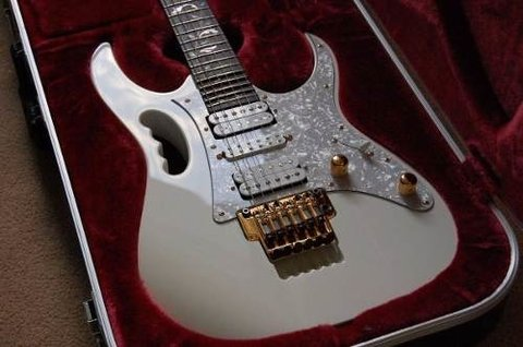 Ibanez Jem 7v Wh Guitarra Electrica Color Blanco en internet