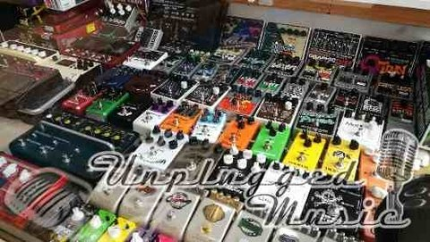 Amplificador Bajo 20w - UNPLUGGED