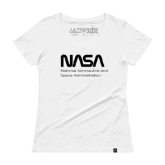 camiseta feminina nasa