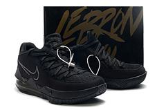 Tênis Nike LeBron 17 Low Triple Black na internet