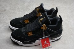 "Imagem do Tênis Air Jordan 4 Retro ""Royalty"""