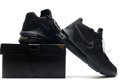 Imagem do Tênis Nike LeBron 17 Low Triple Black