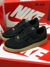 NIKE AIR FORCE - PRETO/CARAMELO