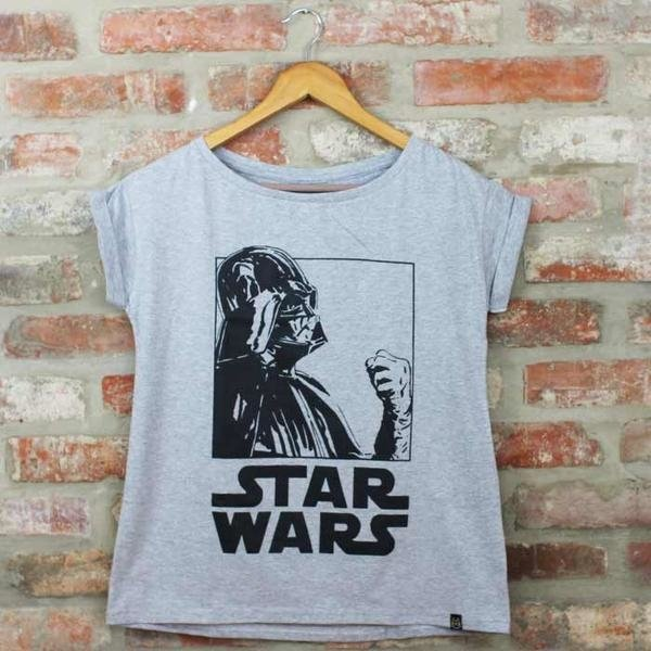 Camiseta Feminina Darth Vader PB - Star Wars na internet