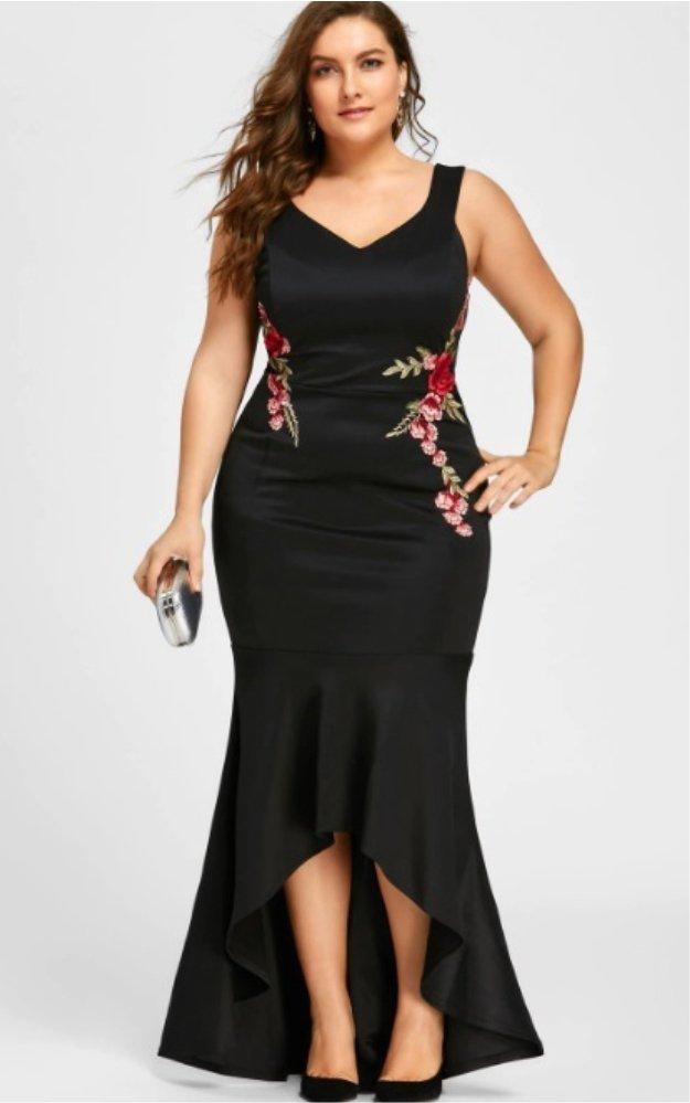 Vestido Sereia Bordado Plus Size