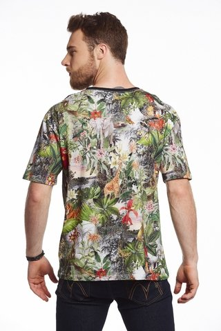 Camiseta Estampada Exotic Forest - comprar online