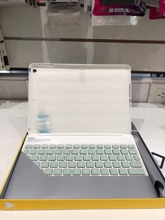Funda Zagg Con Y Teclado Bluetooth Ultra Delgada iPad Air - JASTECH