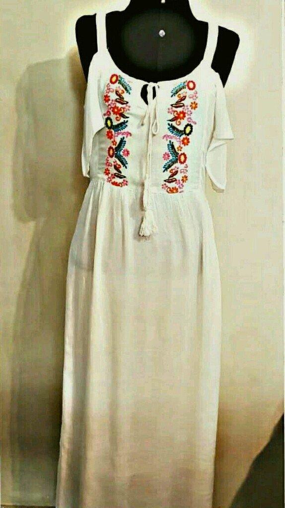 84da9d9d5 Vestido indiano longo branco