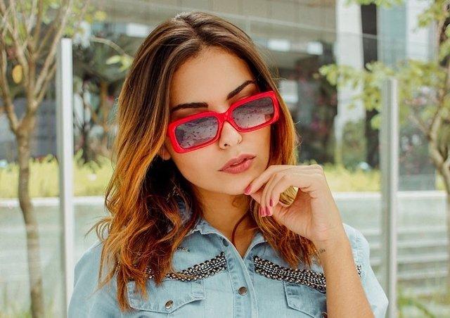 37c5dd612 Óculos de Sol Adulto Feminino Gisela Vermelho na internet ...