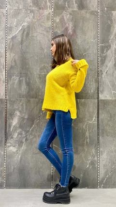 SWEATER YELLOW - BA Brodery