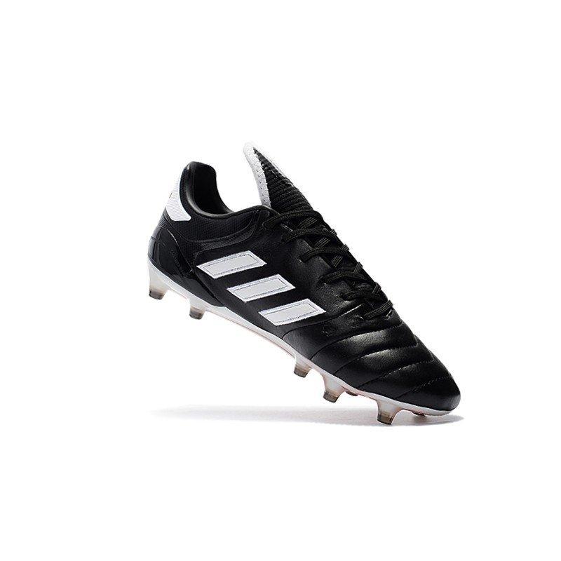 f8cd0f4279 Chuteira Adidas Copa Mundial 17.1 FG Branco Preto Sola Vermelha