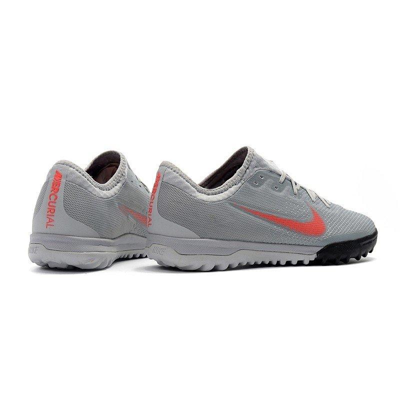 4043c27e2b037 Tênis Nike Mercurial Society SuperFly VI Low Cinza/Logo Vermelha
