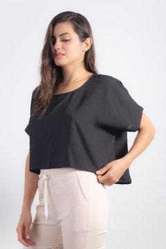 Blusa Split Black en internet