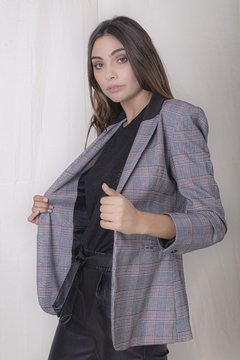 Blazer Eva on internet