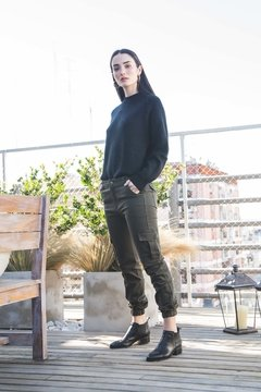 Sweater Cala Black - comprar online