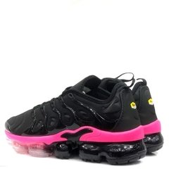 Tênis Nike Air Vapormax Plus Feminino Preto / Rosa - Site Oficial RT Shoes