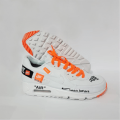 Tênis Nike Air Max 90 Just Do It - Branco com Laranja - comprar online