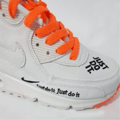 Tênis Nike Air Max 90 Just Do It - Branco com Laranja na internet