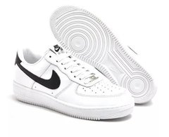 Tênis Nike Air Force 1 Low Branco / Preto - comprar online