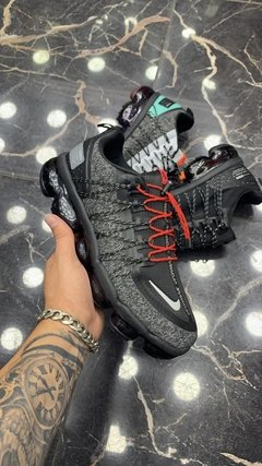 Imagem do Tênis Nike Air VaporMax Run Utility Black Red