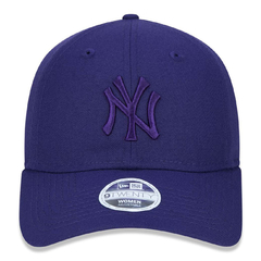 New Era 9Twenty New York Yankees Strapback Purple Tonal - comprar online
