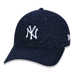 Boné New Era 9Twenty MLB New York Yankees Extra Fresh Animal Navy