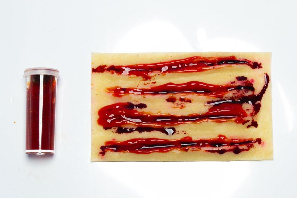 Patch para práctica de suturas + (contenedor de sangre ficticia GRATIS)