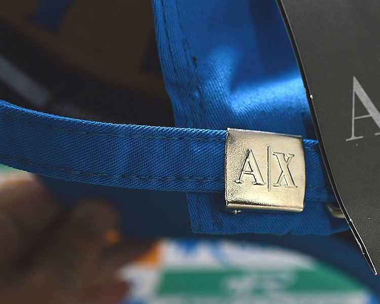 4c5e6d9417 Boné Armani Exchange AX Classic Azul Aba Curva Strapback Unissex. 0% OFF