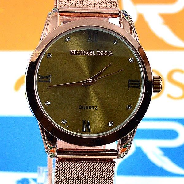 be7fc319ec0 Relógio Michael Kors Essential Slim Runway Bronze Fundo Dourado Pulseira  Esteira Aço Feminino + PULSEIRA e BRINCOS. 0% OFF. 1