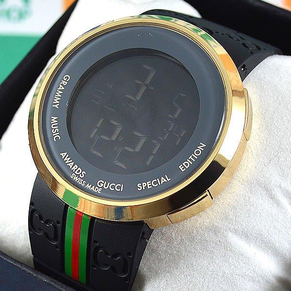 8678090efc54f Relógio Gucci Grammy Awards Digital Dourado Pulseira Borracha Preta Unissex  À PROVA D´ÁGUA