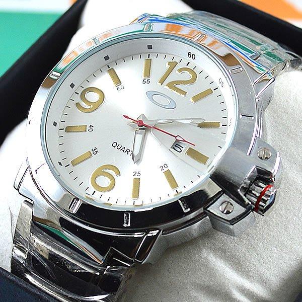 ae1f5482a2b Relógio Oakley Iron Man Prata Fundo Prata Pulseira Aço Masculino À PROVA  D´ÁGUA