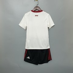 Kit Infantil do Flamengo Away 19-20 na internet