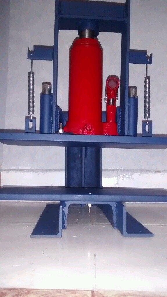 Balancín hidráulico 6 toneladas 30x30cm