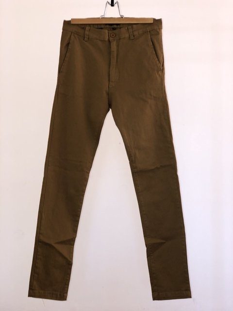 PANTALON CHINO GABARDINA PACK X 2 en internet