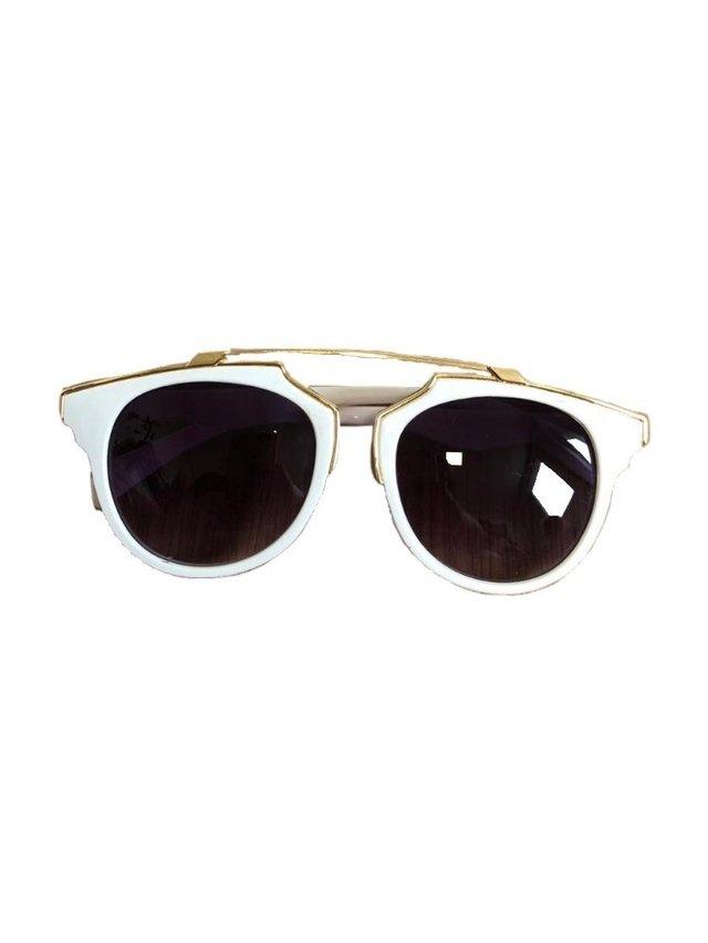 Comprar Óculos de Sol em Last Call Bazar   Brechó   Filtrado por ... b77dc8aeca