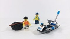 Lego City (60126) Tire Escape - Woopy - comprar online