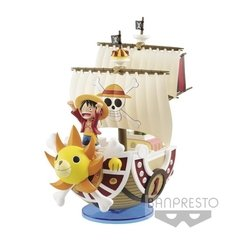 One Piece Mega World Collectable Figure Thousand Sunny Ship - comprar online
