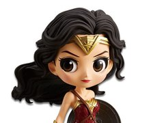 Justice League Q Posket Wonder Woman - comprar online