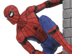 Spider-man: Homecoming Spider-man Gallery Statue - Diamond Select Toys