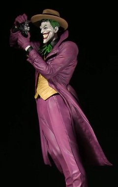 Dc Designer Series The Joker Statue (Brian Bolland) - Wonder Collection Store