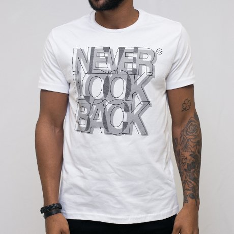 T-SHIRT MALHA NEVER LOOK BACK