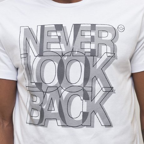 T-SHIRT MALHA NEVER LOOK BACK - comprar online
